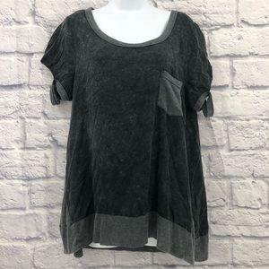 Umgee Size Medium Gray Cold Shoulder Top